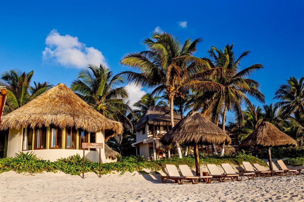 Beachfront rooms in Mayatulum Mexico