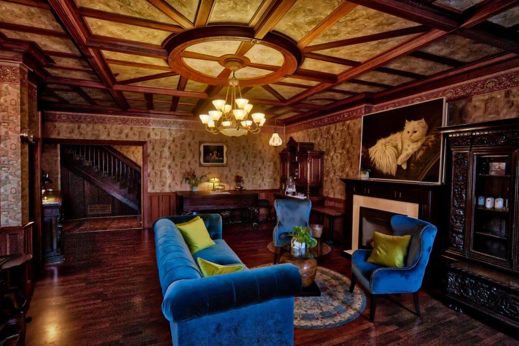 Eagle House Victorian Inn Bed & Breakfast Lobby Eureka